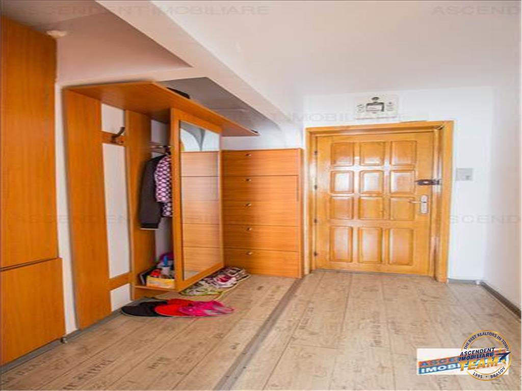 OFERTA TRANZACTIONATA!!  Apartament special, zona Semicentrala