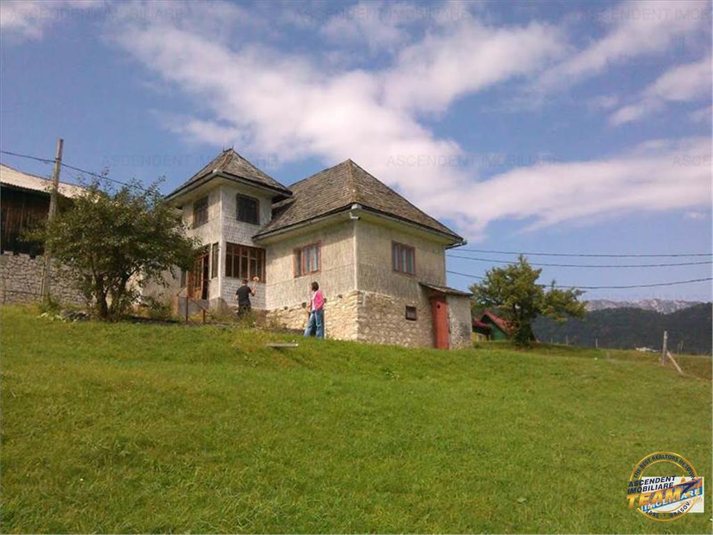 OFERTA TRANZACTIONATA!!!!!!Casa, cu peisaje de basm in orice anotimp