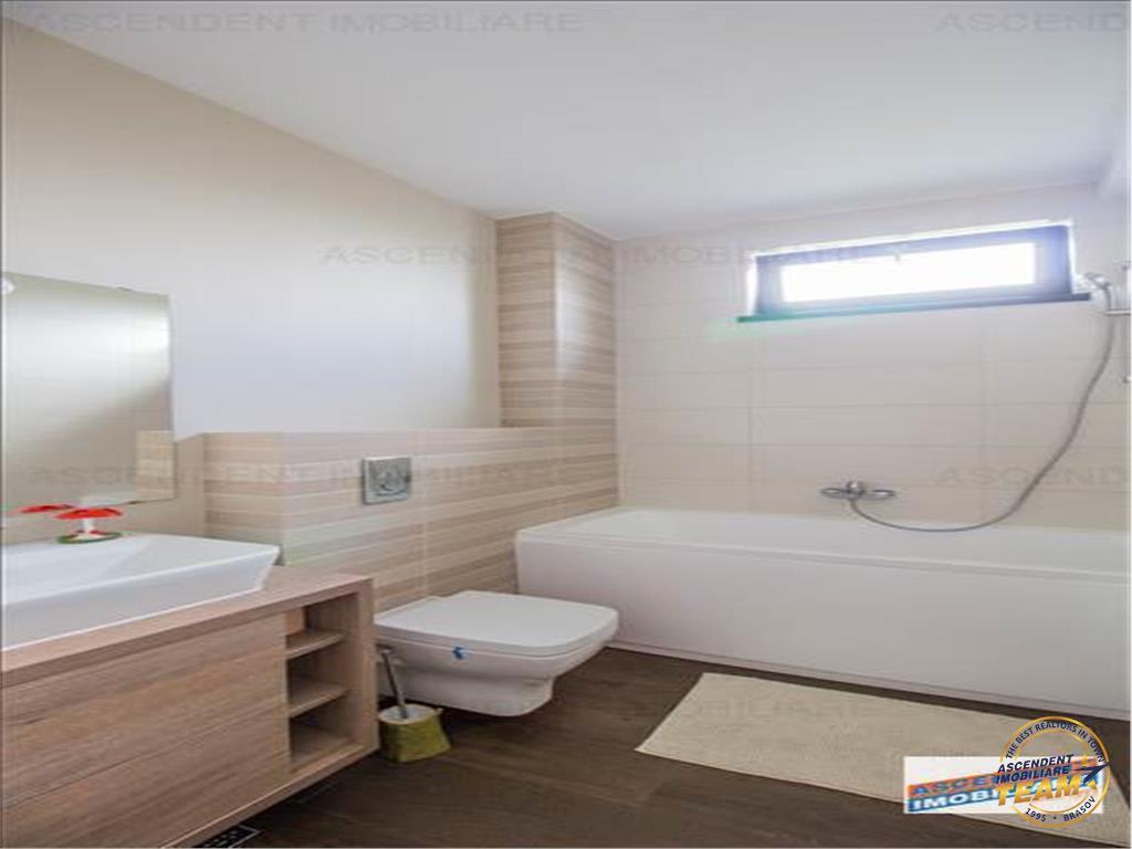 OFERTA  TRANZACTIONATA!!Apartament in vila,categoria SEMILUX,Central,Brasov