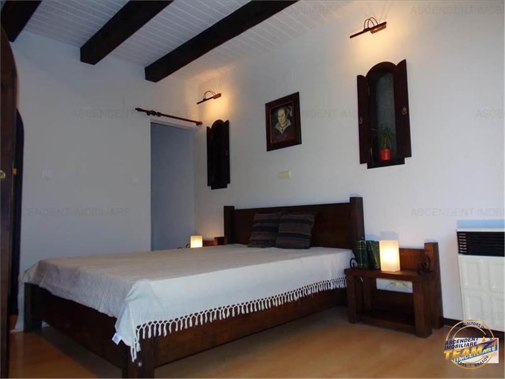 OFERTA REZERVATA!!Apartament in vila,Parcul Central Livada Postei,segmentul SPECIALLUX