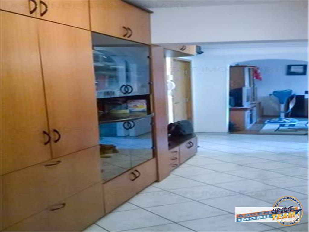 OFERTA TRANZACTIONATA!!!Apartament compozitie atractiva, conditii avantajoase