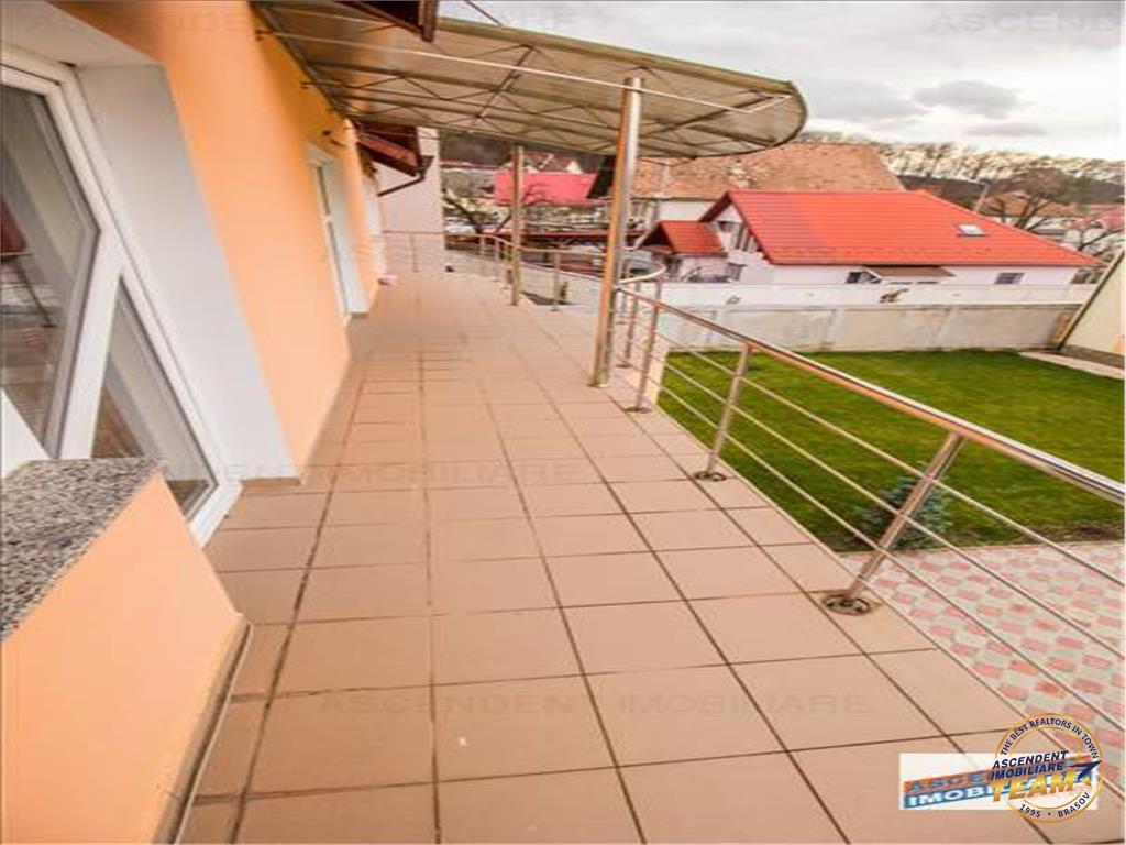 OFERTA REZERVATA!!Imobil spectaculos, zona de case, cu 1.000 mp teren, Brasov