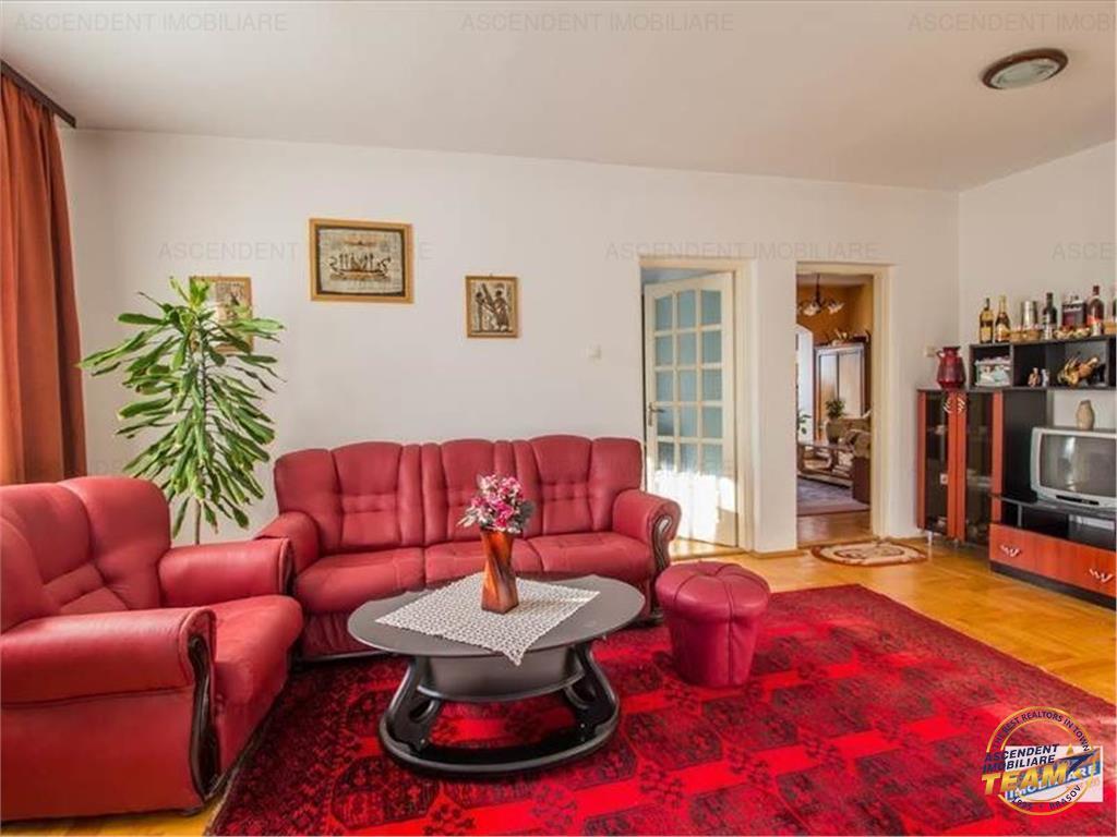 Vila compozitie speciala, potential rezidential/ investitie/ etc.