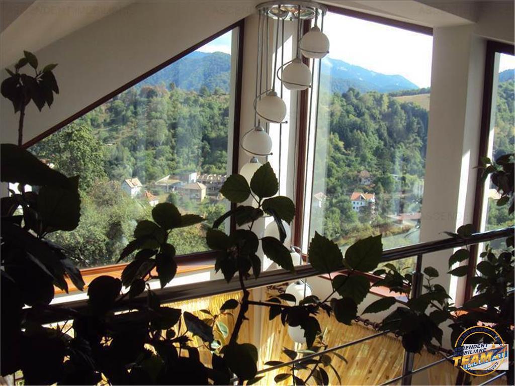 OFERTA TRANZACTIONATA!!Vila, zona panoramica , Central  Brasov, 2000 mp teren