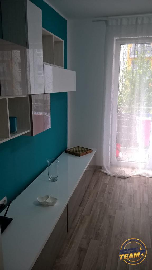 Apartament modern, etaj intermediar, zona Avantgarden3