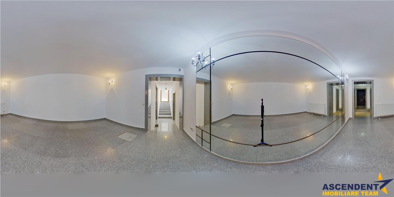 EXPLOREAZA VIRTUAL! Elegant Spatiu,in mantie brancoveneasca, Central, Brasov