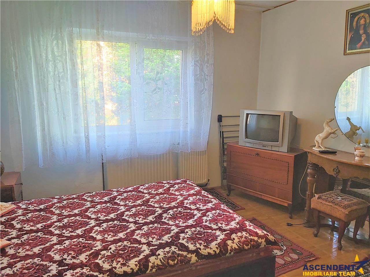 OFERTA REZERVATA!! Apartament cu trei camere decomandat, Bartolomeu Nord, Brasov