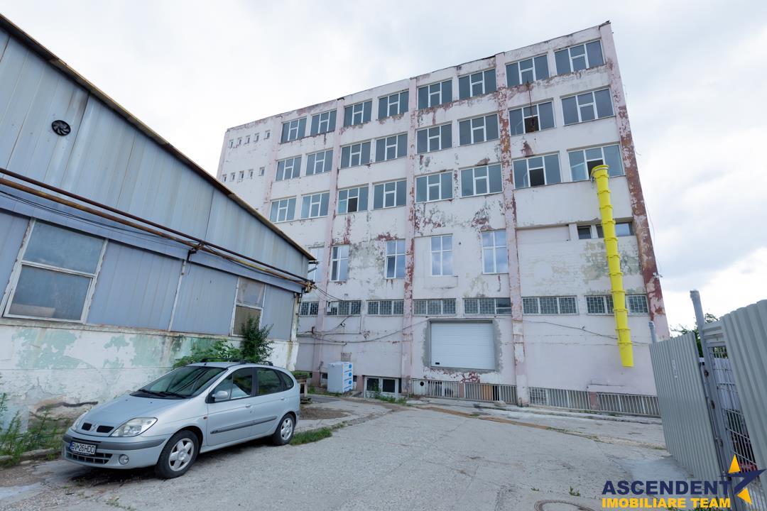 Spatiu industrial, pe154 mp, situat pe strada  Carierei zona Eliana Mall