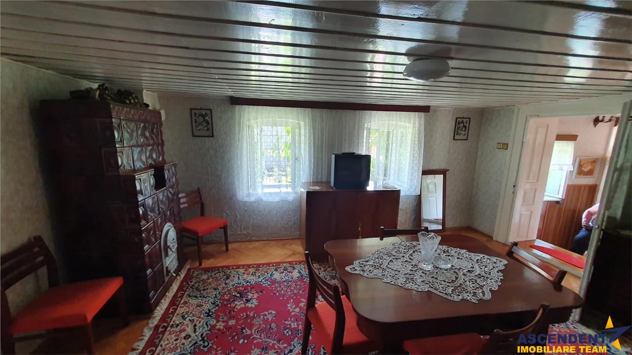Casa gospodarului, de la poalele Lempesului, Sanpetru, Brasov
