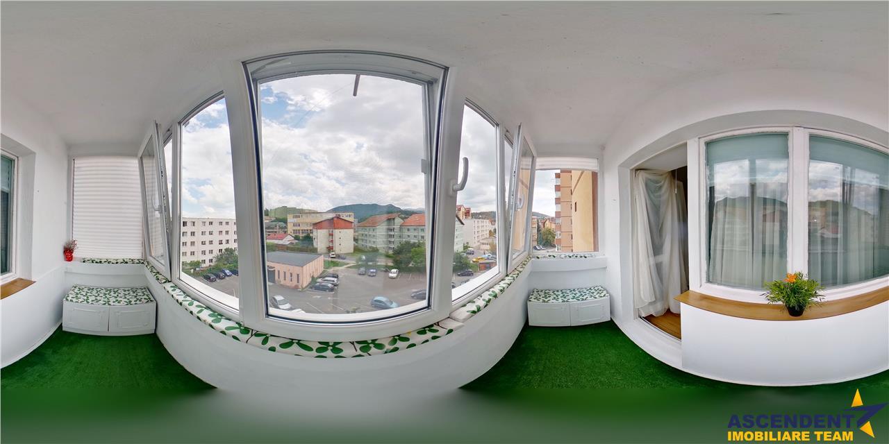 OFERTA REZERVATA!! EXPLOREAZA VIRTUAL! Cu panorama la poalele Muntilor Tampa, prima inchiriere, Central, Brasov