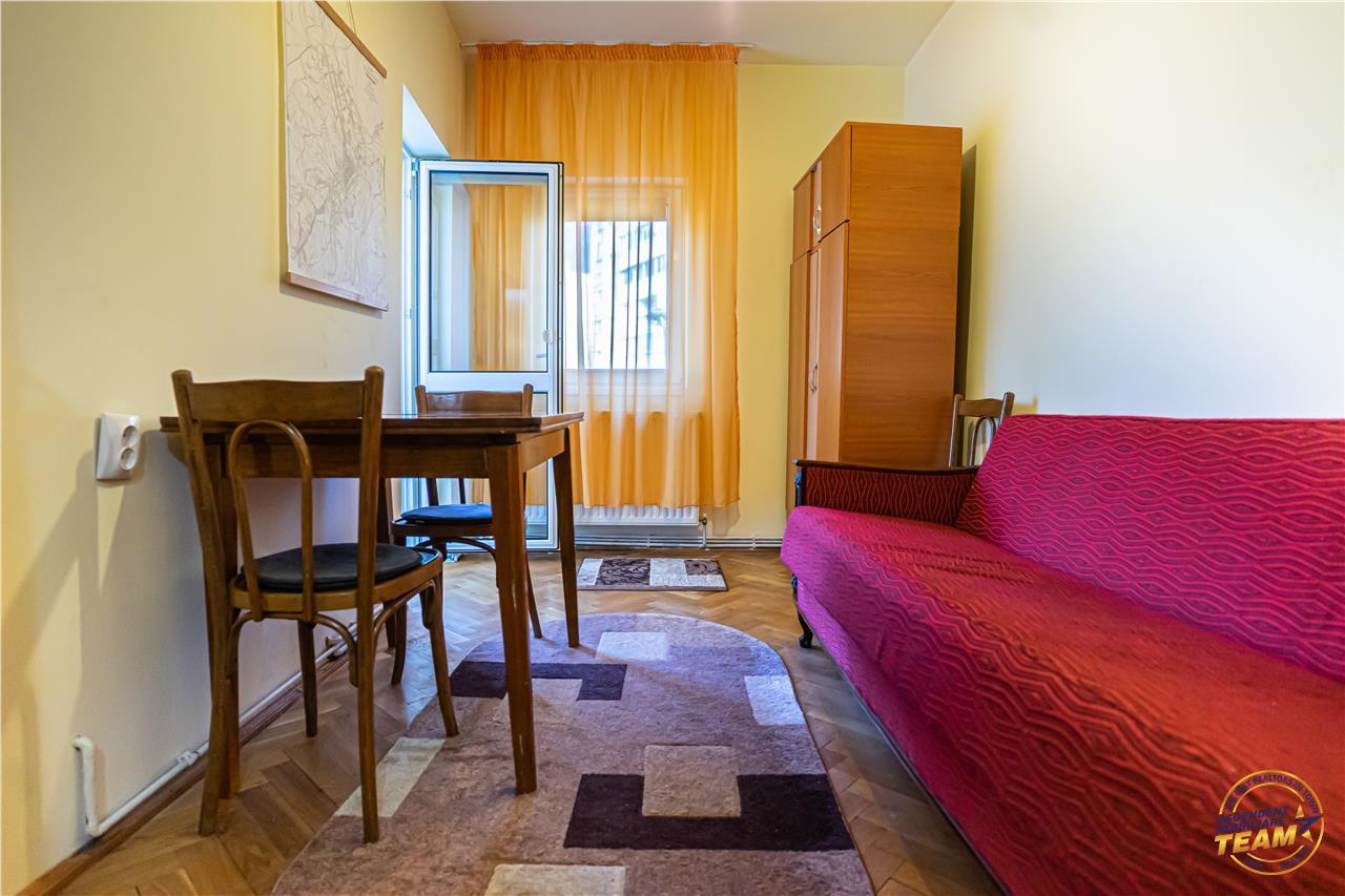 Apartament spatios, in cartierul verde al Brasovului