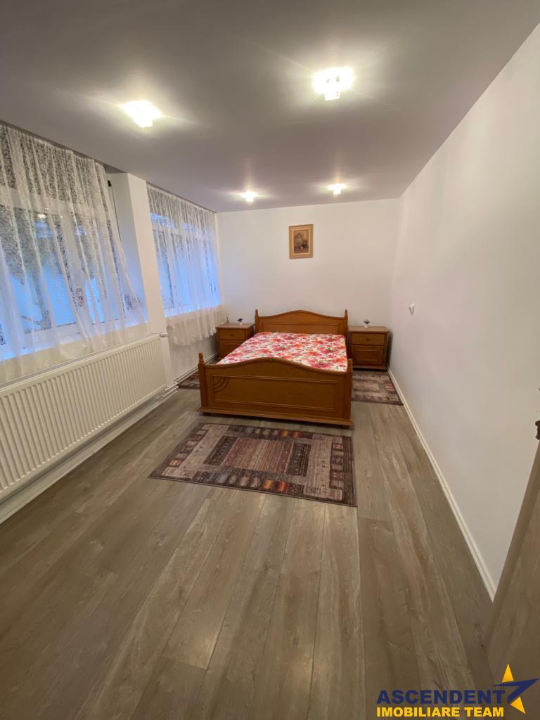 Nivel in casa, curte proprie, rezidential/ firma/ birouri