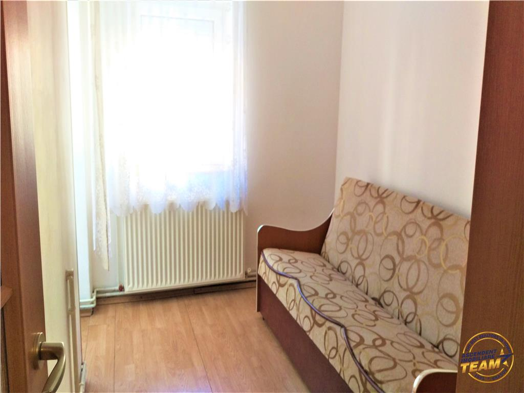 OFERTA REZERVATA!!Proprietate tip studio, in share la 3 camere, Brasov