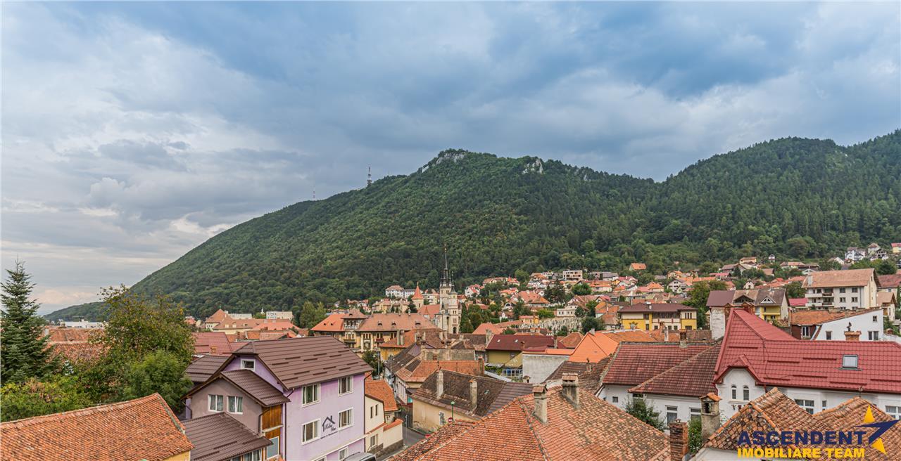 FILM! Vila de Elita, peisagistica pozitionare, Cetatea Medievala a Brasovului