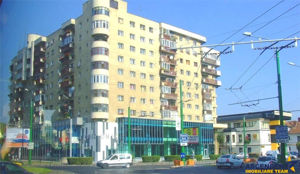 Spatiu comercial ofertant, Onix, Brasov.