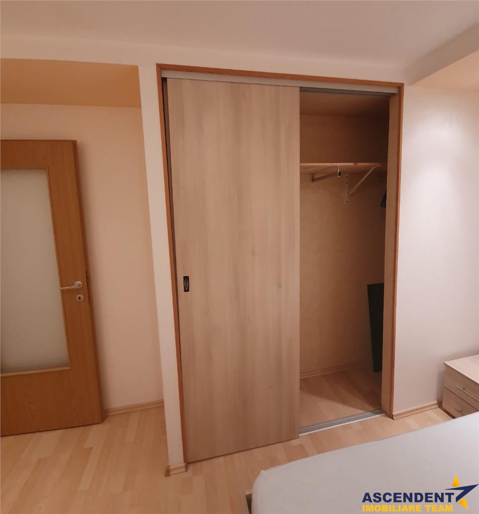 Resedinta, zonare in verde, linistita pozitionare, Central, Brasov