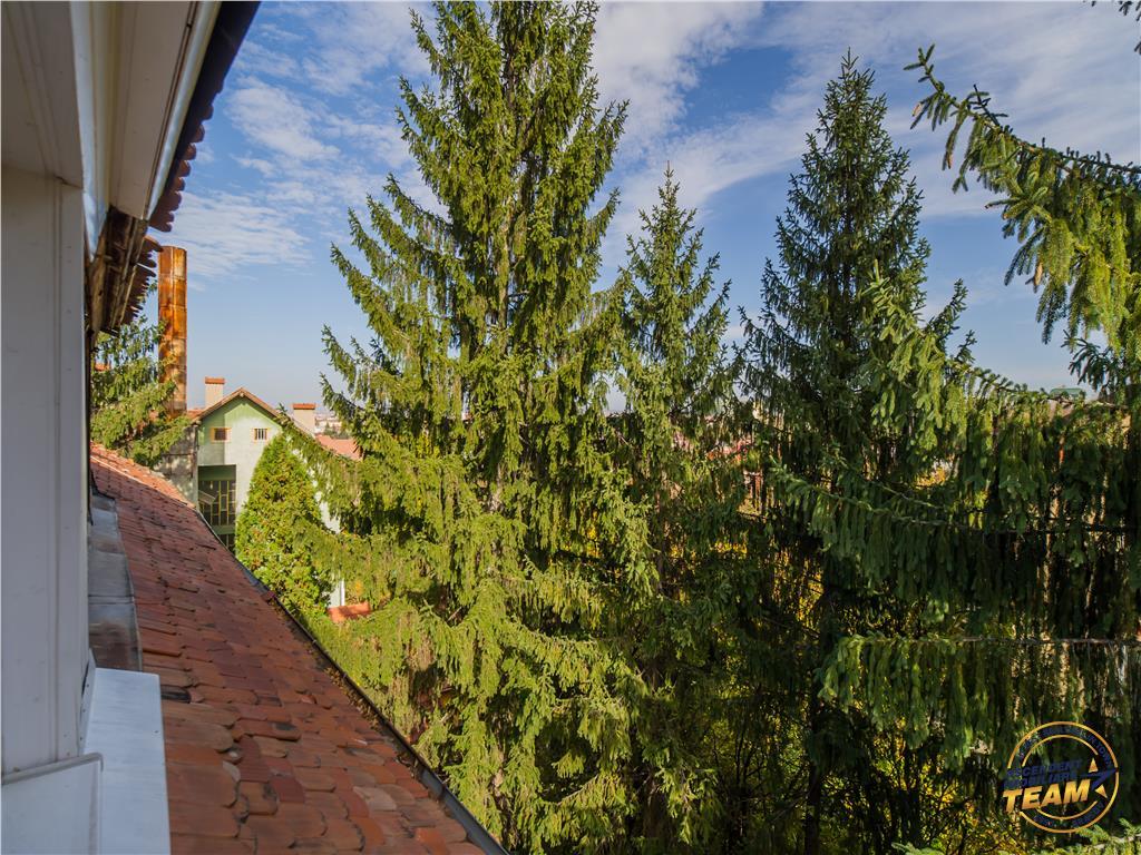 EXPLOREAZA VIRTUAL! Nivel in vila, din Cartea de Povesti, pozitie privilegiata, Central, Brasov