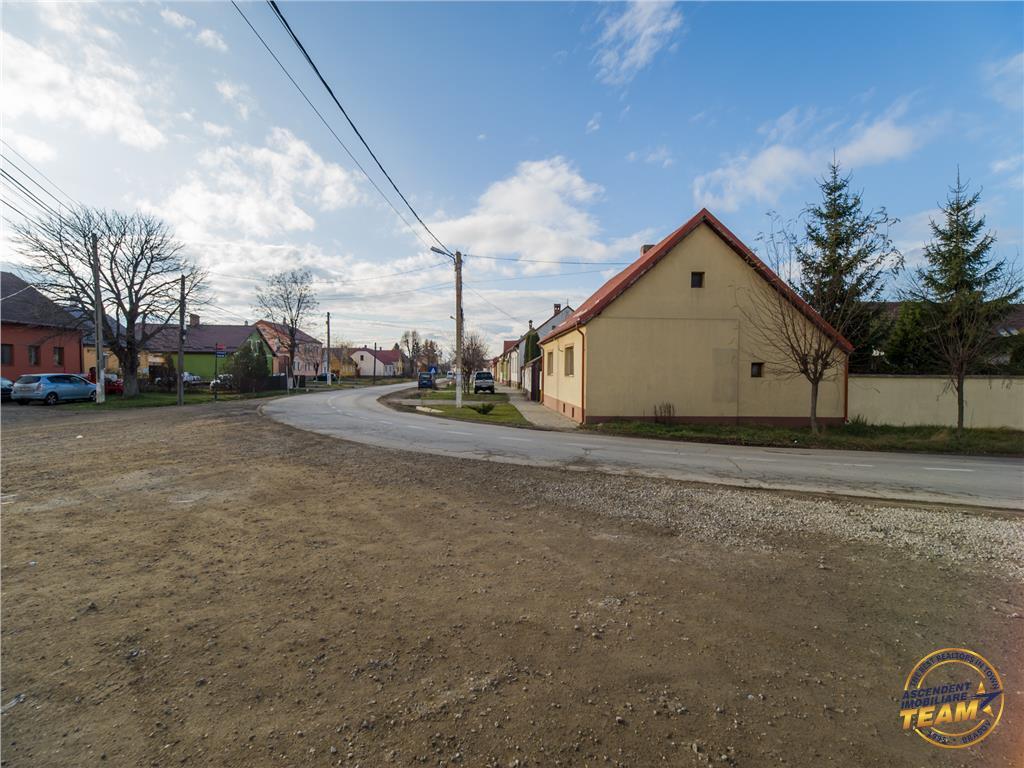 Ideal pentru constructie casa, 600 mp intravilan, Harman, Brasov