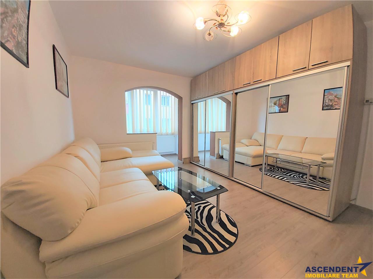 OFERTA REZERVATZA!Apartament trei camere, complet mobilat si utilat, modern, Noua, Brasov