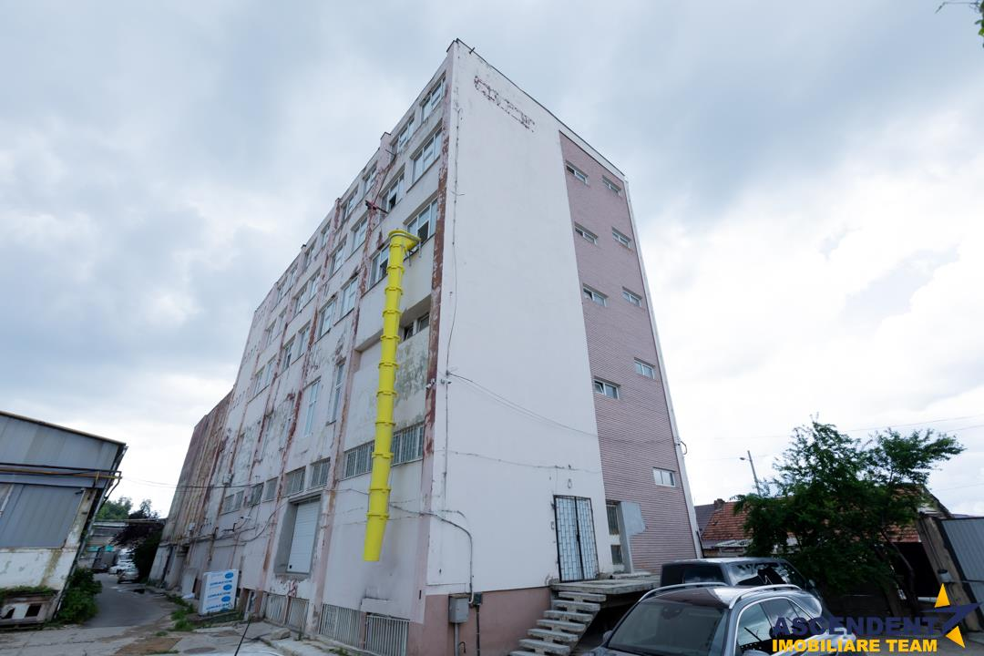 EXPLOREAZA VIRTUAL! Spatiu industrial, pe 340 mp, Brasov