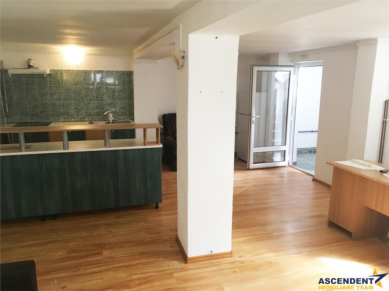 Casa primitoare, Noua, Brasov