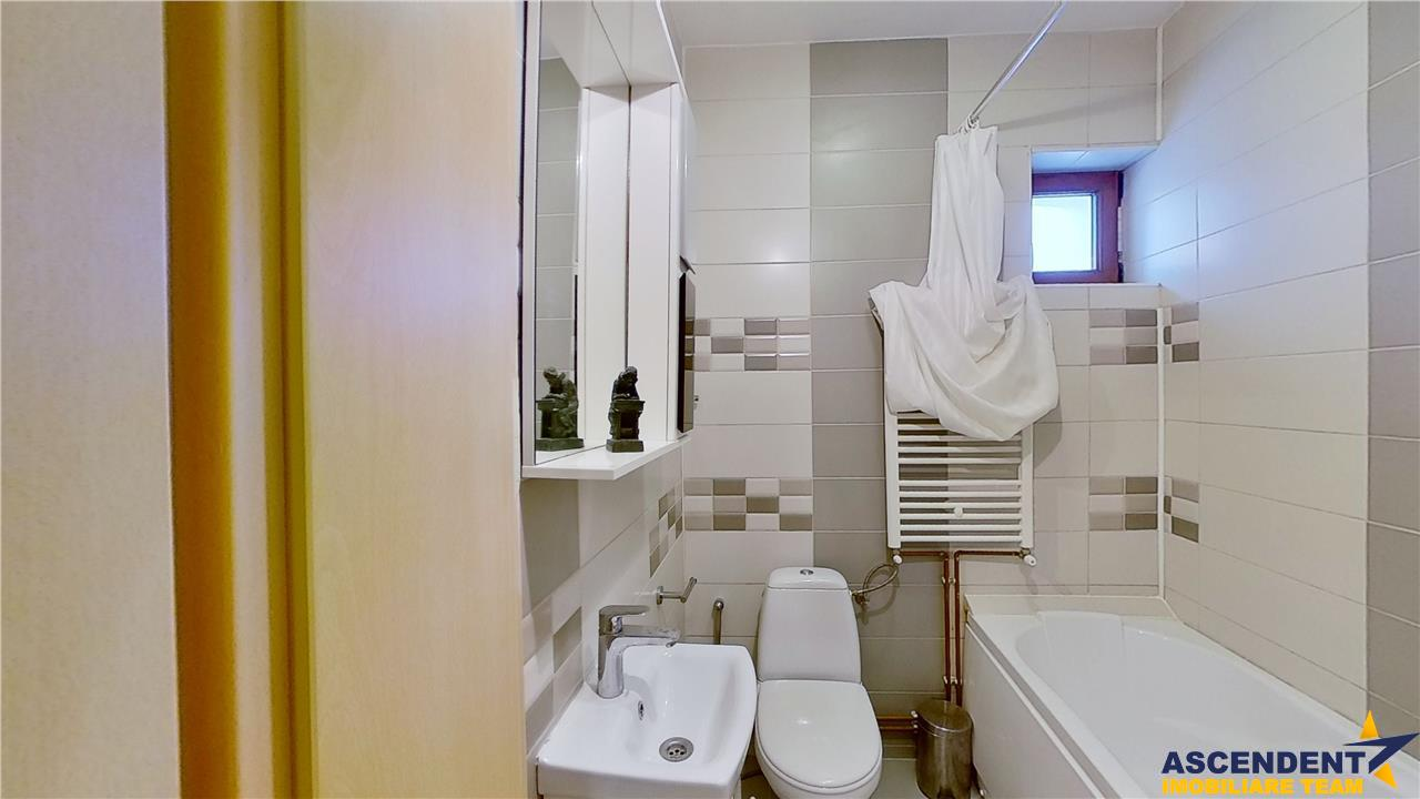 EXPLOREAZA VIRTUAL! Apartament in casa, Vintage Style, curte, Centrul Istoric Brasov
