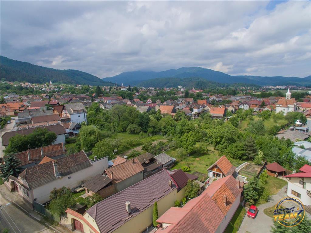 OFERTA TRANZACTIONATA!!! !Vezi Filmare cu Drona!! Proprietate distinsa, rasfatata de verde, 900 mp teren, Sacele, Brasov