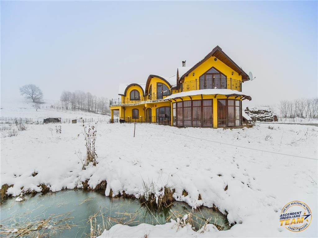 OFERTA REZERVATA!! EXPLOREAZA VIRTUAL si FILM! In armonia naturii, cu lac propriu, pe 25.000 mp teren