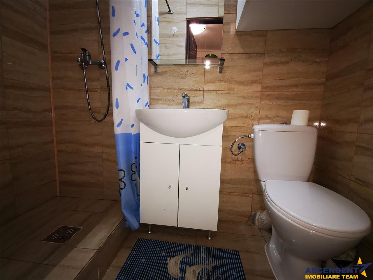 OFERTA TRANZACTIONATA!! EXPLOREAZA VIRTUAL!Garsoniera renovata, baie proprie, etaj intermediar