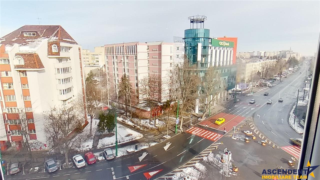 OFERTA TRANZACTIONATA ! Decomandat ariat, doua balcoane, Centru Civic, Brasov