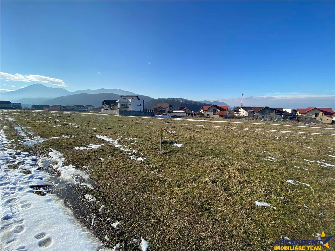 Peste 1.000 mp teren, Bunloc, cu vedere panoramica