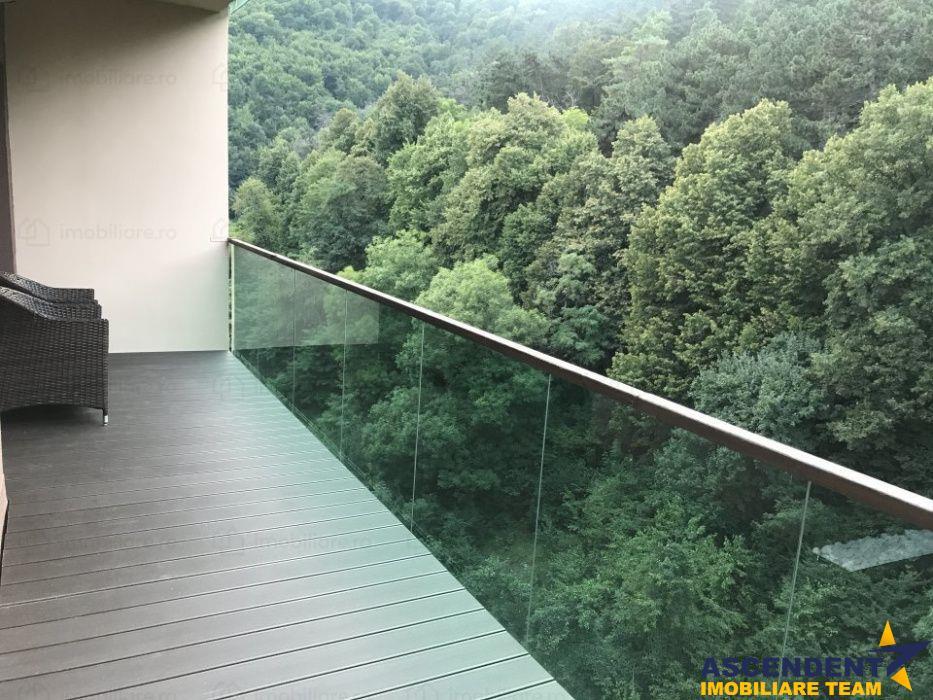 Proprietate pe 250 mp, cu grandioasa terasa, in verdele apreciatului Racadau, Brasov