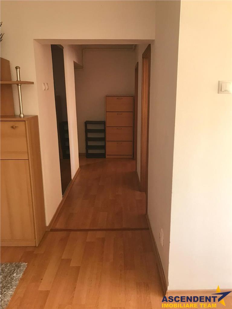 OFERTA REZERVATA! Apartament cu doua camere, etaj intermediar, zona Garii