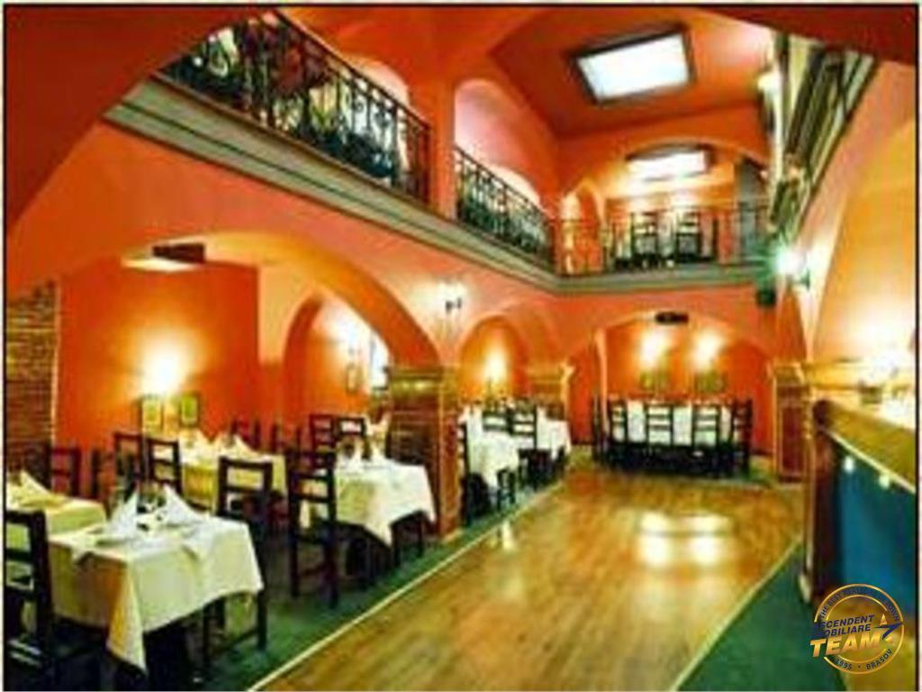 Restaurant/ Club Privat etc, pe fila Cetatii Istorice a Brasovului,