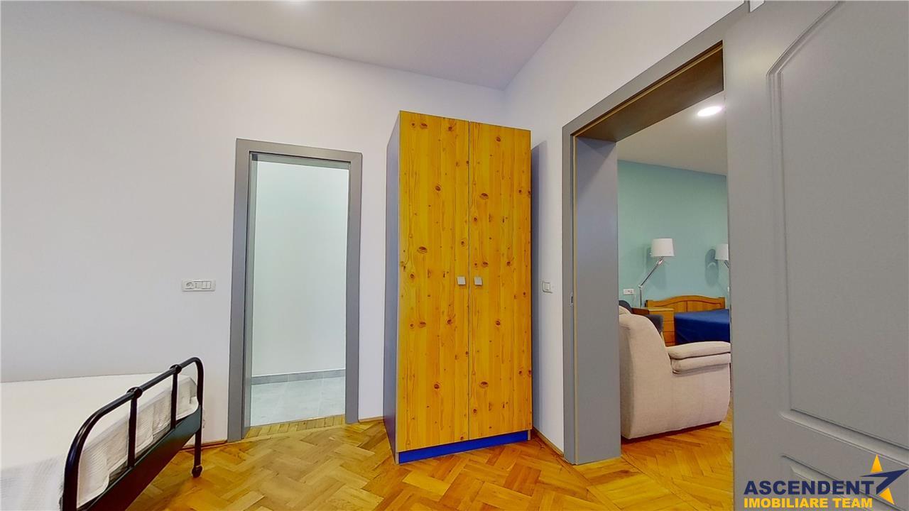 OFERTA REZERVATA!!EXPLOREAZA VIRTUAL! Rezidenta in nobilul stil clasic, armonizat cu aleasa simbioza....