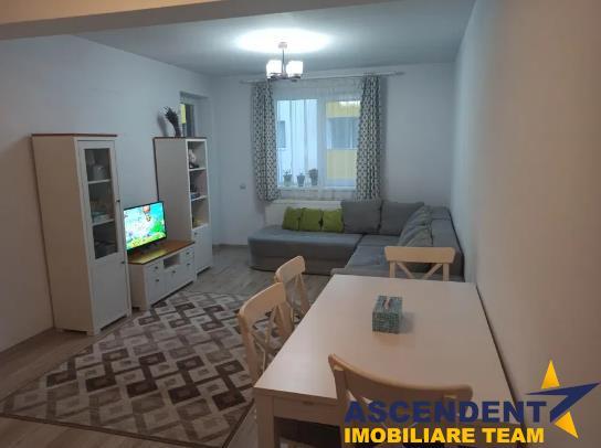 OFERTA REZERVATA!!Apartament decomandat, mobilat, atent utilat, Tractorul, Brasov