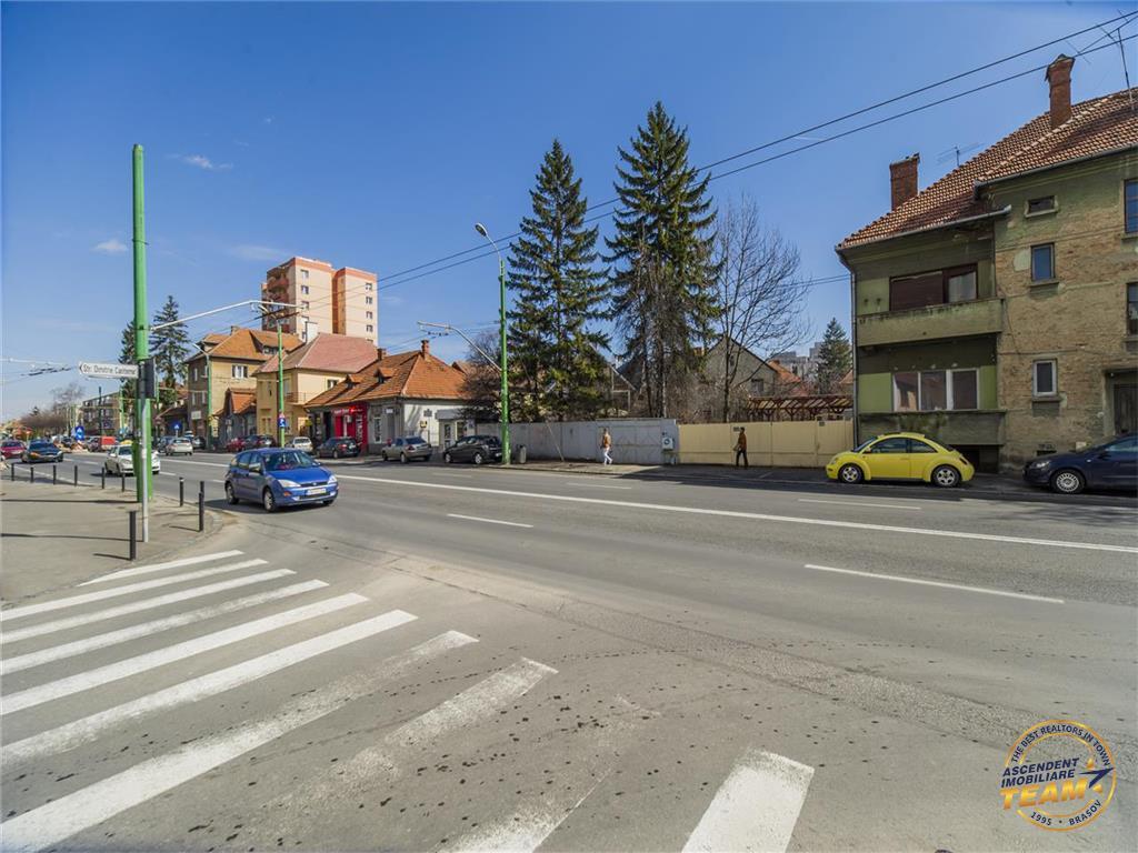 OFERTA REZERVATA!!!Proprietate segmentul dezvoltare imobiliara, 700 mp teren, Centru Civic, Brasov
