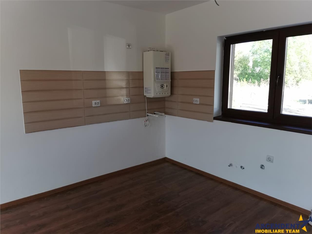 Vila tip duplex, cartier Stupini, Brasov