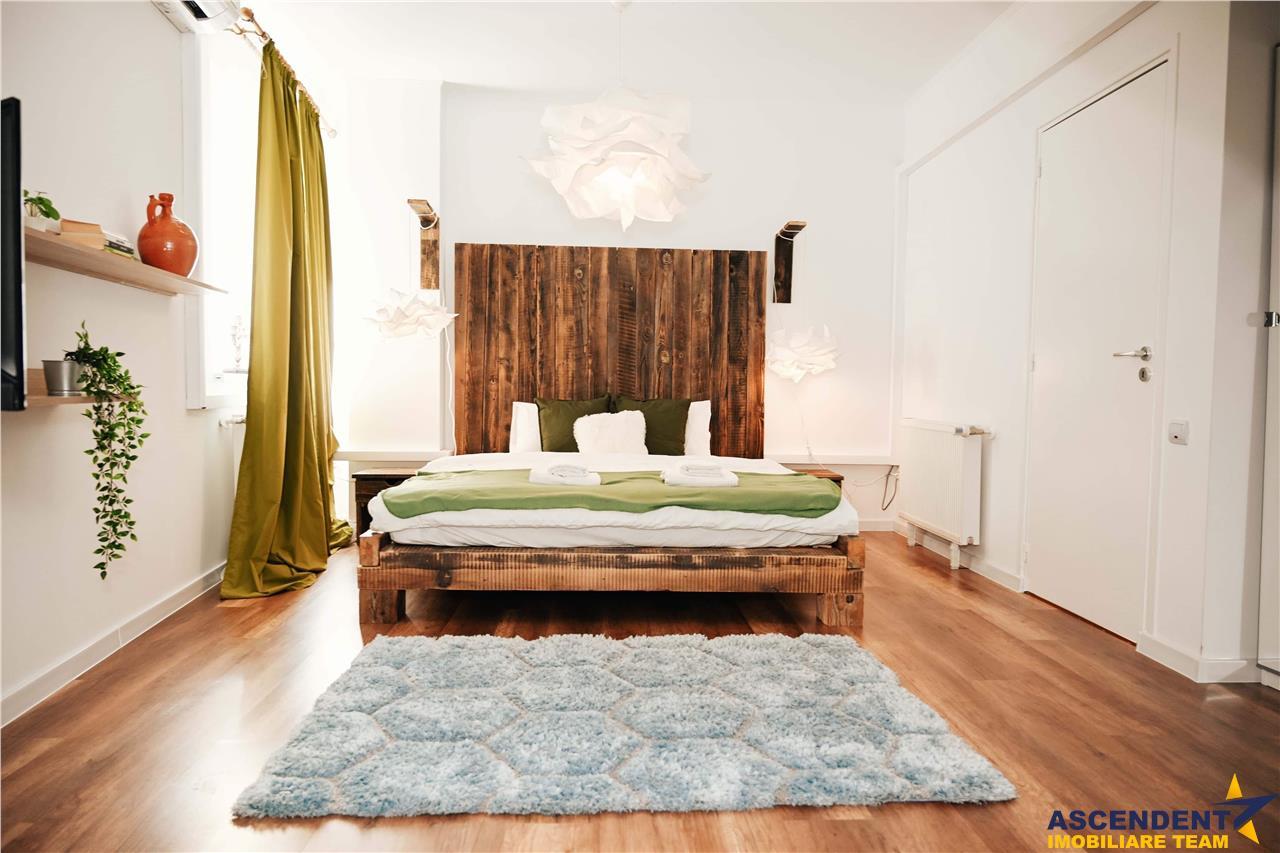 Segmentul rezidential/ business, pe doua nivele,Central, Brasov