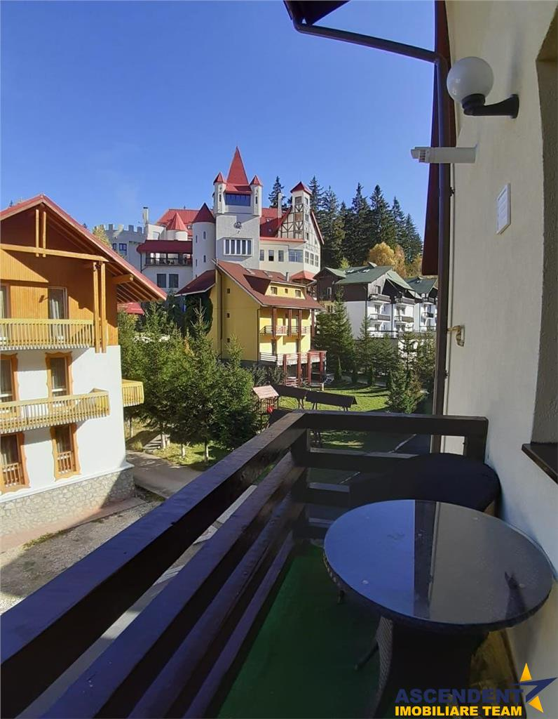 OFERTA TRANZACTIONATA! Eleganta rezidenta, pe doua nivele, in verdele Poienii Brasov