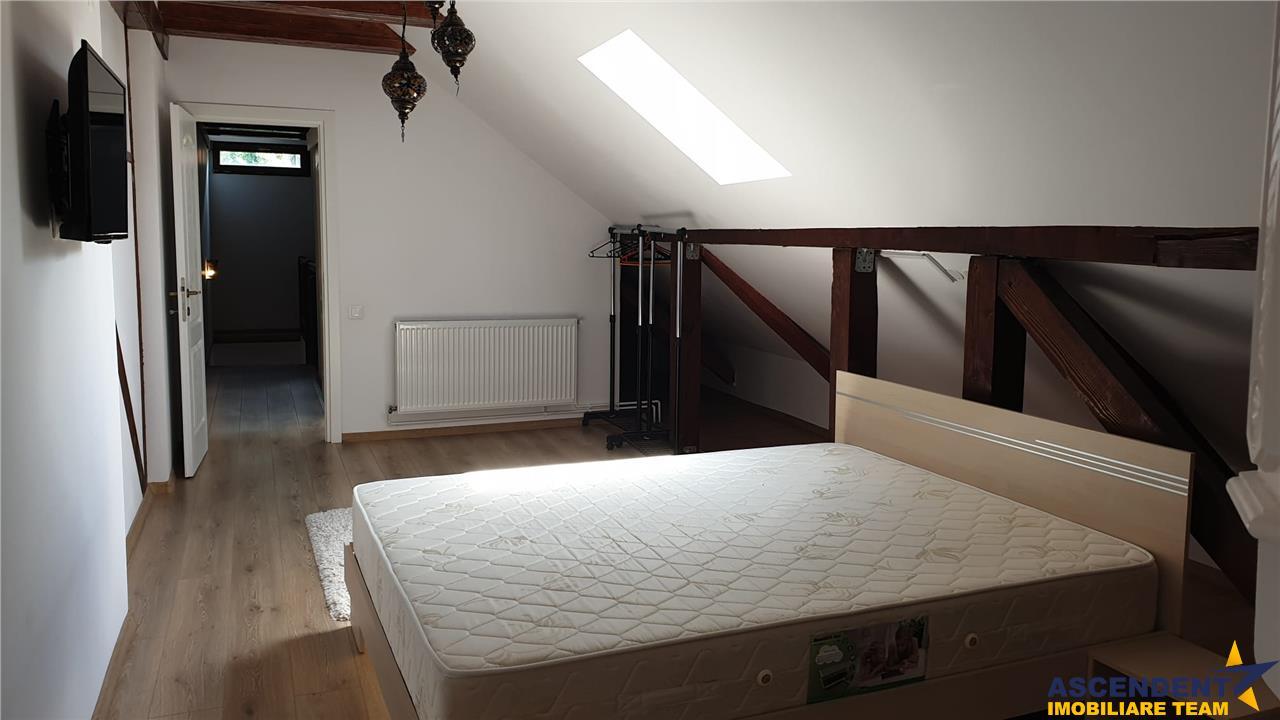 OFERTA REZERVATA! Apartament in vila, Cetatea Brasov