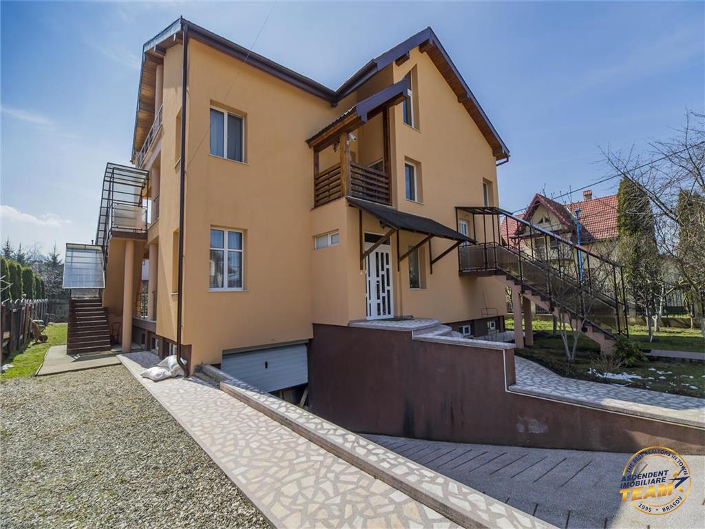 Pe 1.100 mp teren, trei imobile speciale, deschidere variante destinatie, Brasov