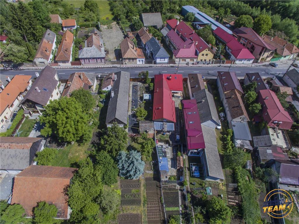 VEZI FILMARE!! La 3 minute de Brasov,1.200 mp teren intravilan, zona de case,Sacele,Brasov