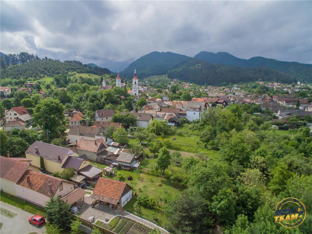 OFERTA TRANZACTIONATA!! Vezi Filmare cu Drona!! Proprietate distinsa, rasfatata de verde, 900 mp teren, Sacele, Brasov