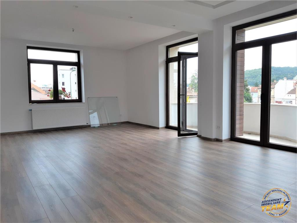Apartament pe doua nivele in vila exclusivista, Central