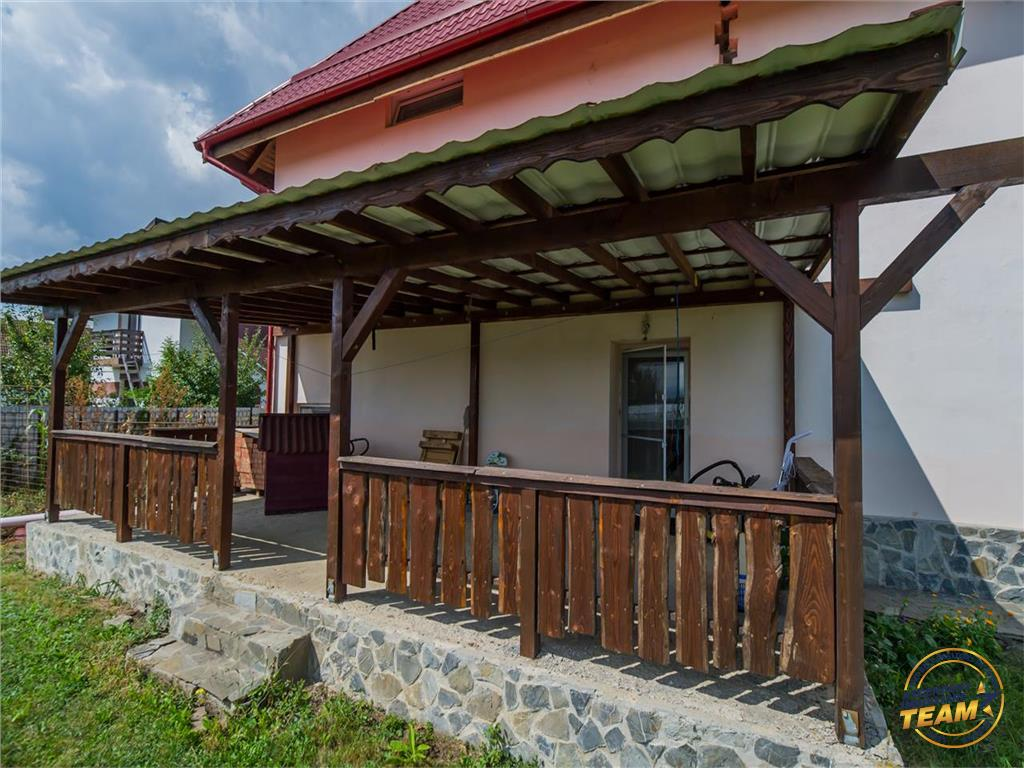 FILMARE! Proprietate particulara, in rasfatul a 2.500 mp teren, Podul Olt, Brasov