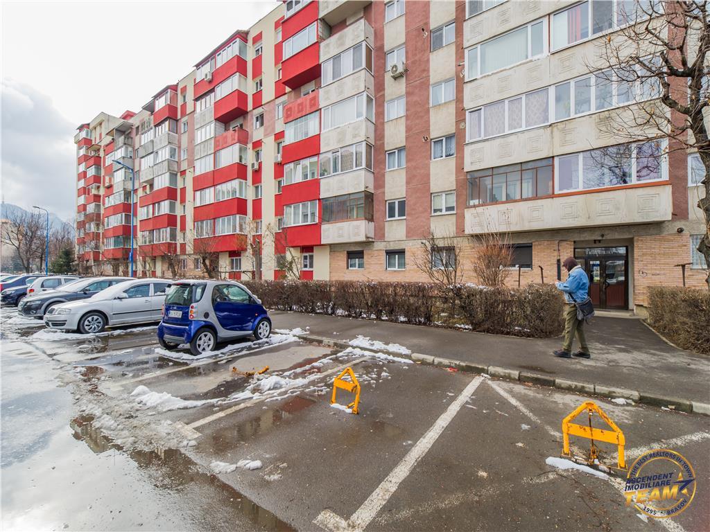 OFERTA TRANZACTIONATA!!! Apartament spatios ,decomandat, 2 bai, buna localizare, Brasov