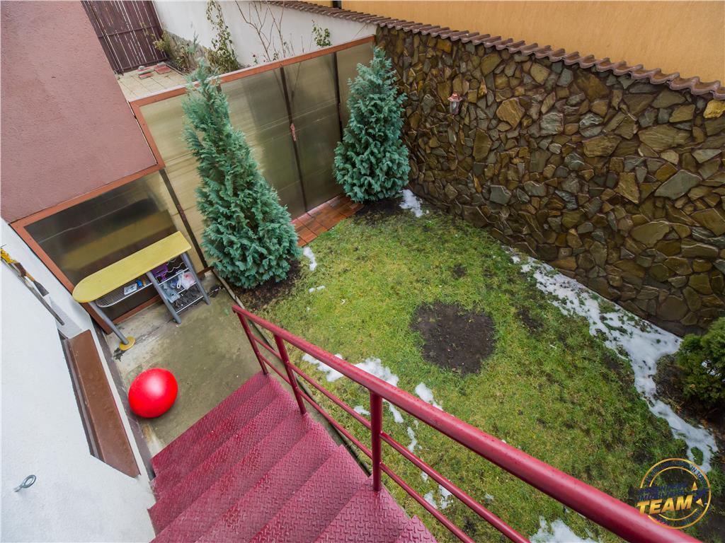 Apartament primitor, cu gradina proprie, foisor si loc parcare in curte