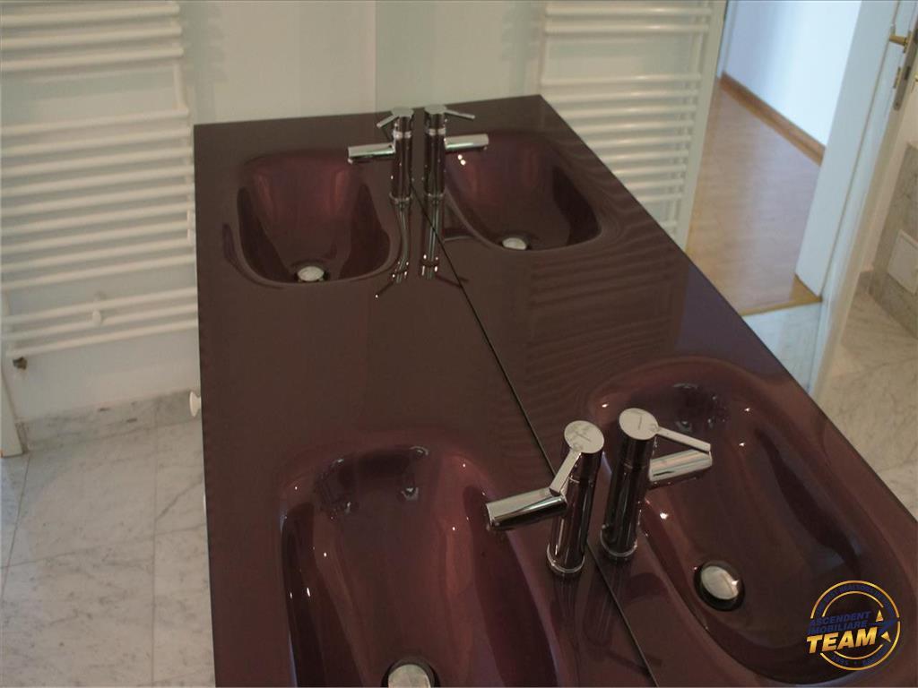 OFERTA  TRANZACTIONATA  !!!   Apartament 2 camere nou , semimobilat, sectiunea LUX , Brasov