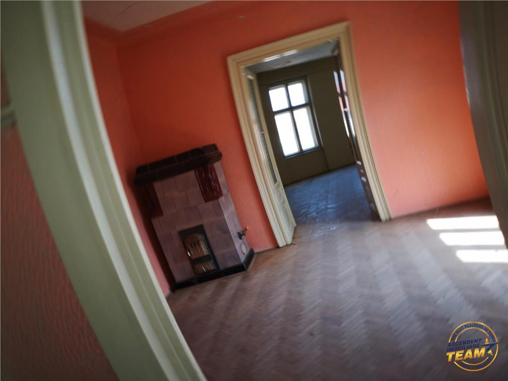 Apartament in casa, Central, Brasov